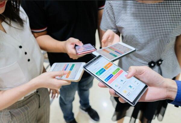 4 tính năng nổi bật của phần mềm chấm công online miễn phí năm 2021 1